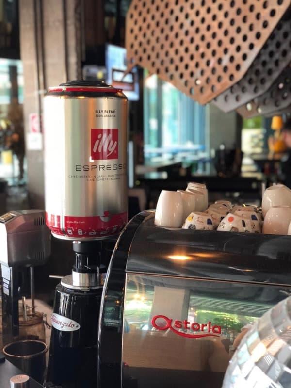 Funky Resto-Bar, pe Calea Dorobantilor in centrul Bucurestiului